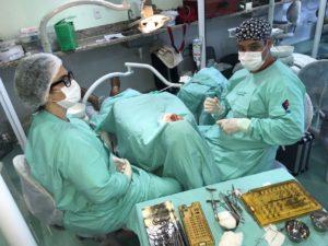 Seleção de pacientes para tratamentos odontológicos em cursos ...